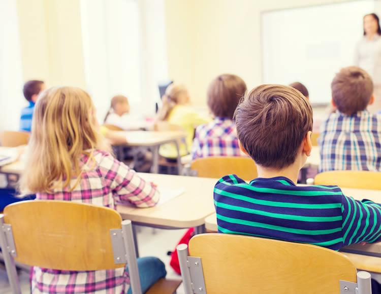 引っ越しに伴う子供の手続き3. 学校の転入手続き