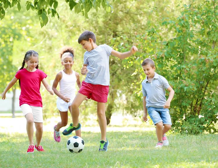 引っ越しによって環境が変わる!子供に変化がないか、よく見ておくようにしましょう。